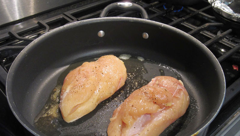 HOW-TO-AVOID-COMMON-MISTAKES-WHEN-COOKING-CHICKEN-BREAST